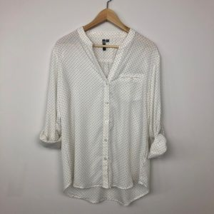 KUT From the Kloth Polka Dot Button Down Size L